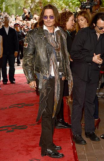 UK NS in xl kw40 JohnnyDepp 348x538 2 - Top Ten Male Celebrities